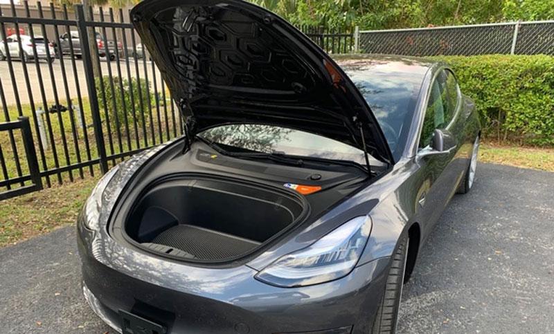Tesla Frunk Lift